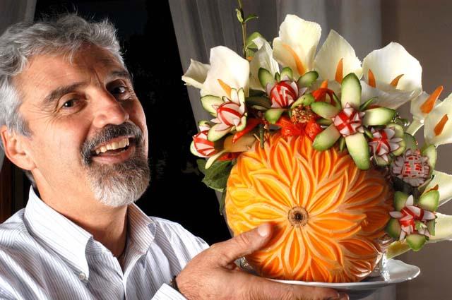 opera di intaglio e scultura vegetale